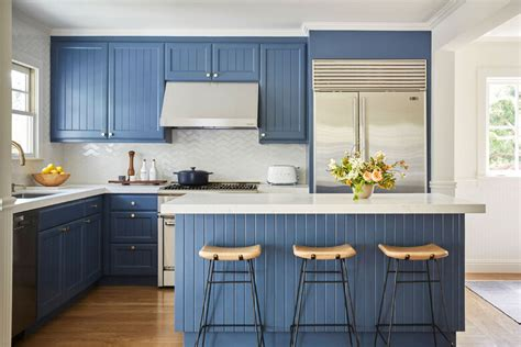 Kitchen cabinets: The pros and cons of DIY painting
