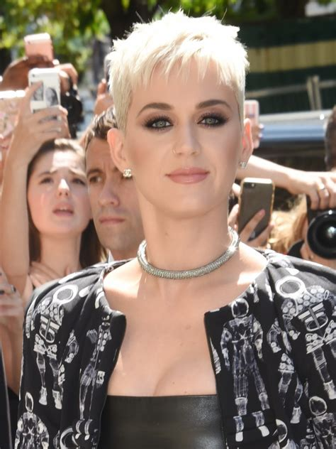 Are You Over Your Pixie Cut? Top Tips for Growing It Out