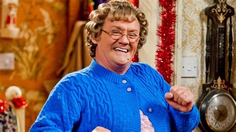 Mrs Brown's Boys stage show is coming to New Zealand!