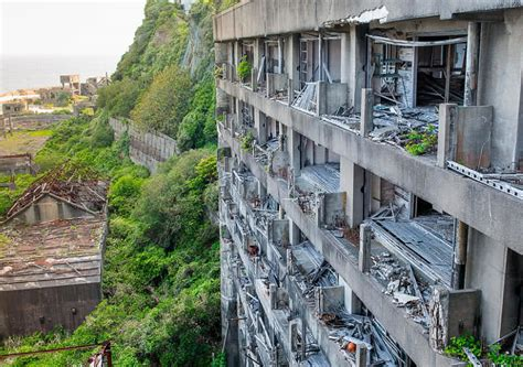 9 Most Haunting Abandoned Places In The World - The