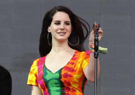 Lana Del Rey moves 'out of the black and into the blue' in