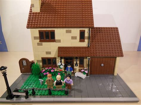 Privet Drive MOC   So I know you guys have been waiting
