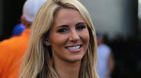 Laura Rutledge (Sports Reporter) Height, Weight, Age, Body